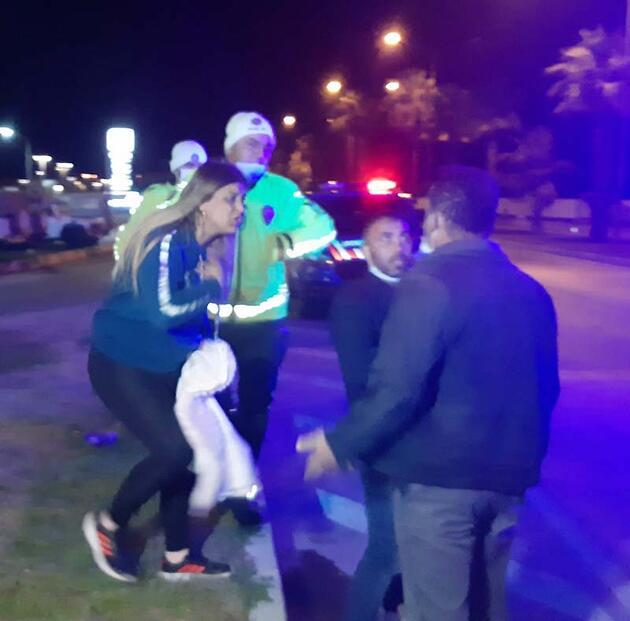 Kazadan sonra sürücü ve gazetecilere saldırıp, çocuklarını yere atıp öldürmekle tehdit ettiler
