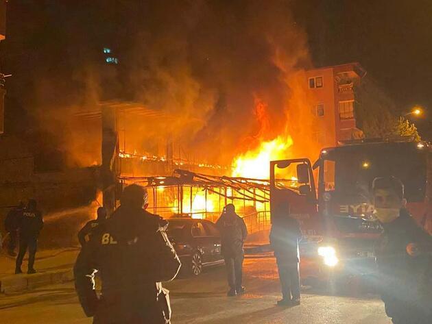 Ankara'da markette çıkan yangın korkuttu