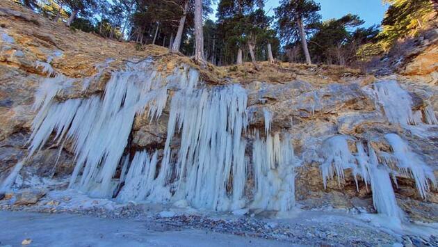 Alanya'da devasa buz kütleleri görenleri şaşırttı!