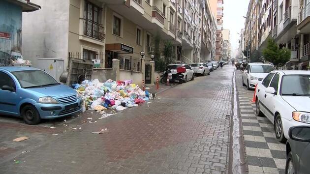 Maltepe'de sokaklarında çöp dağları