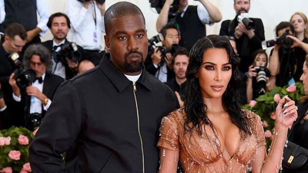 'Kanye West, Kim Kardashian'ın mücevherlerini satıyor' iddiası