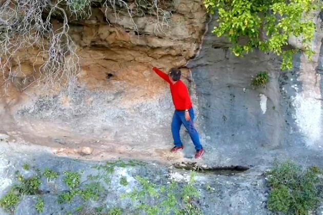 Mersin'de çok önemli keşif: 8 bin yıllık kaya resimleri...