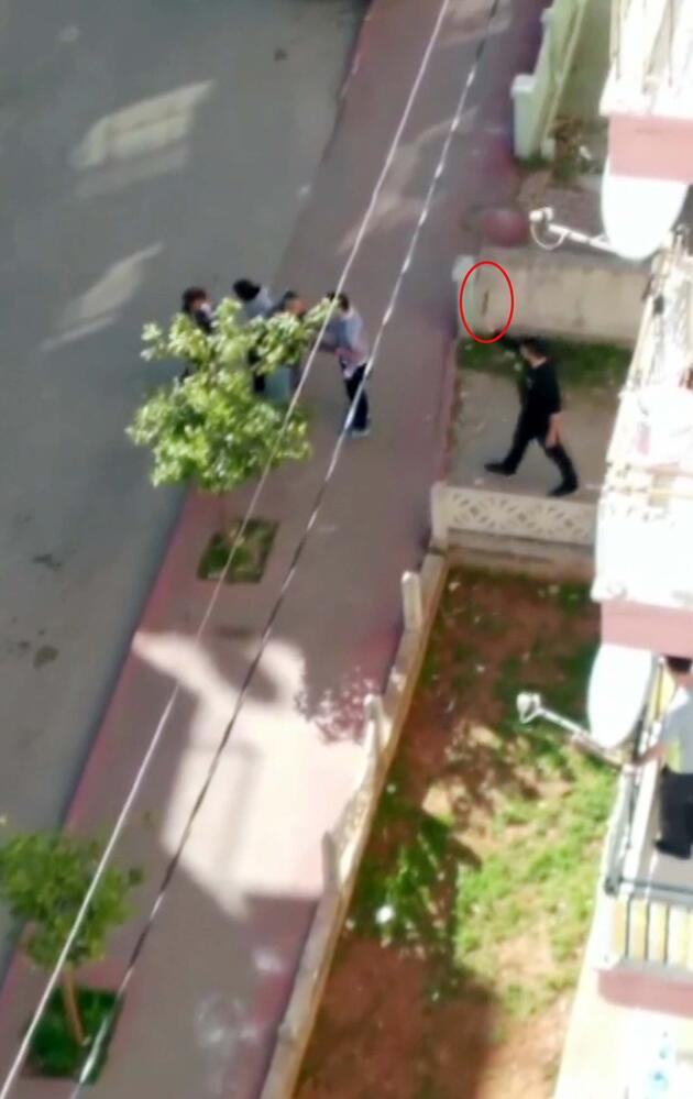 Sokak savaş alanına döndü!  Bıçaklı, sopalı, pompalı tüfekli kavga