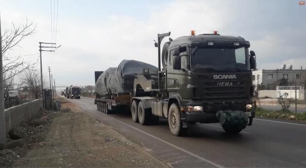 Suriye sınırına tank ve beton blok sevkiyatı