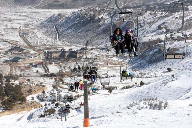 Davraz Kayak Merkezi'ne 200 bin ziyaretçi