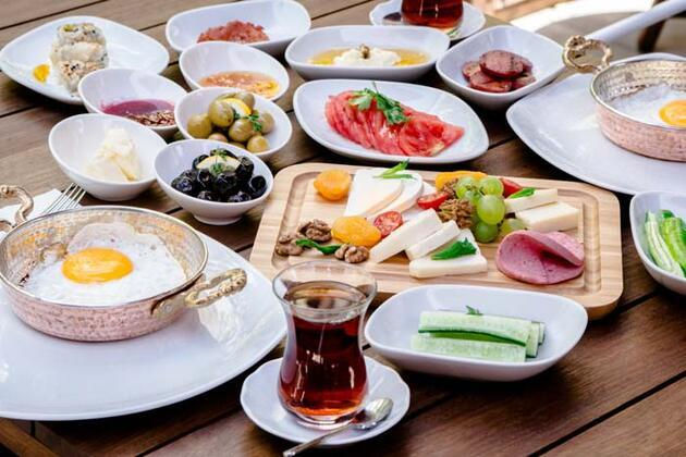 Kahvaltı sofranızda mutlaka olsun! İşte o 8 besin