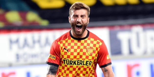 Son dakika... Galatasaray Alpaslan Öztürk'le anlaştı!