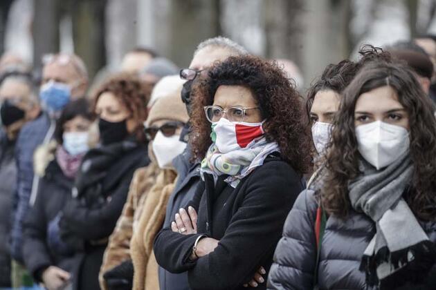 İtalya'da Kovid-19 salgınıyla mücadele tedbirlerinin süresi 6 Nisan'a kadar uzatıldı