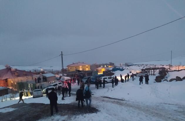 Helikopter kazasının yaşandığı bölgeden ilk görüntüler