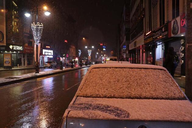 Van'da mart ayında kar yağışı!
