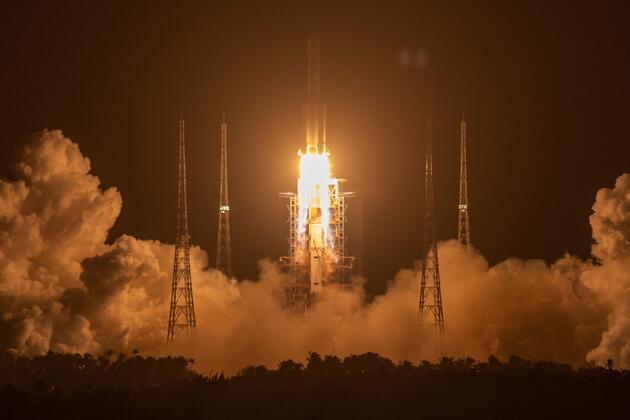 Rusya ile Çin'den flaş 'Ay' hamlesi: Ortak uzay istasyonu kurulacak