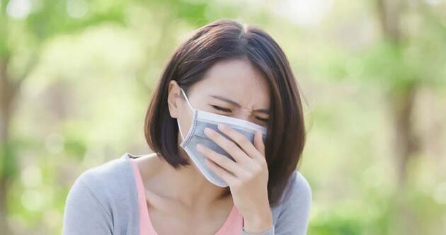 Covid-19 ile polen alerjisi nasıl ayırt edilir? Hangi belirti neyi işaret ediyor? Uzmanı tek tek açıkladı