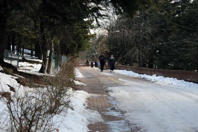 Doğal güzellikleriyle ünlü Gölcük Tabiat Parkı'ndan hayran bırakan kareler