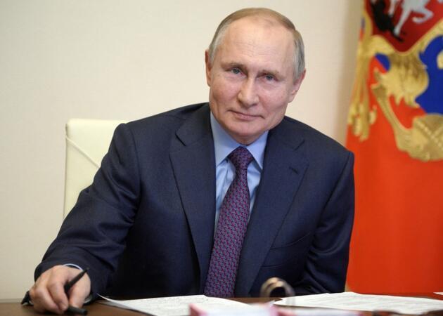 Avrupa'da aşı krizi büyüyor: AB liderlerinden Putin'e telefon