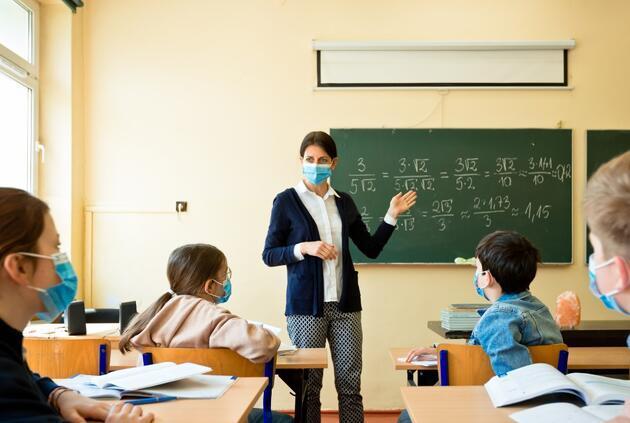 Uzaktan ve yüz yüze eğitim sisteminde il bazlı karar dönemi: Sınav takvimi nasıl olacak?