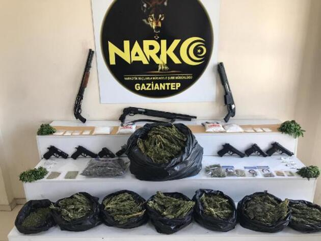 Gaziantep'te 950 polisle uyuşturucu operasyonu: 29 gözaltı