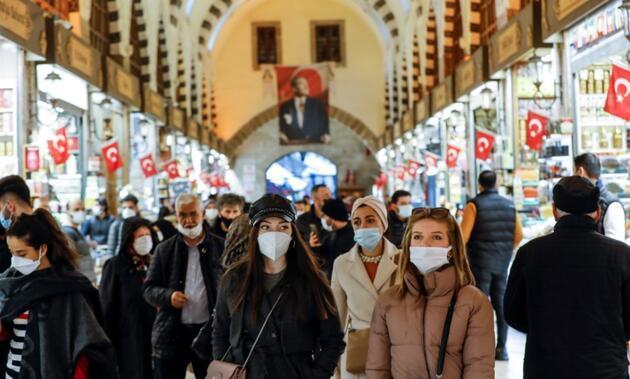 """İstanbul İl Sağlık Müdürü uyardı: """"Şu anda üçüncü piki yaşıyoruz"""""""