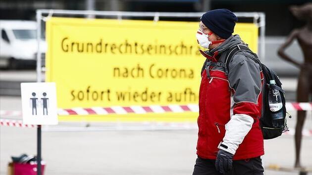 Merkel'den üçüncü dalga uyarısı: Bu yeni bir salgın