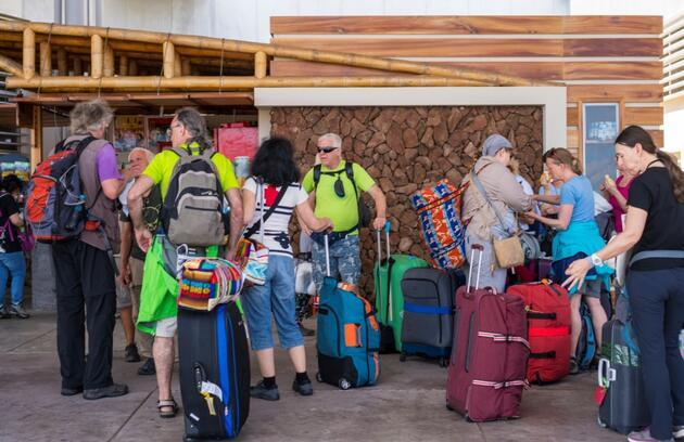 COVID-19'a karşı aşılanan turistlere kapılarını açan ülkeler hangileri?