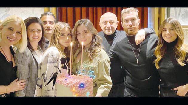 Elif Engin'in doğum gününeEzgi Eyüboğlu'nun katılması dikkatten kaçmadı