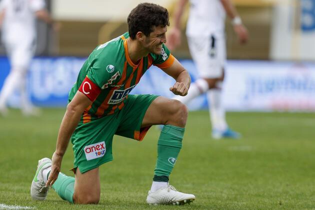 Son dakika... Salih Uçan'dan maç sonu transfer sözleri!