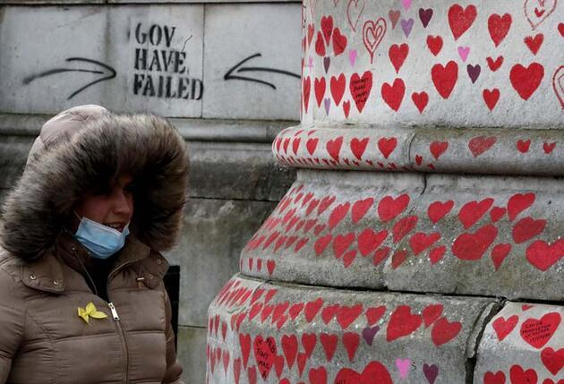Korona yasının fotoğrafı! 150 bin benzersiz kalp...