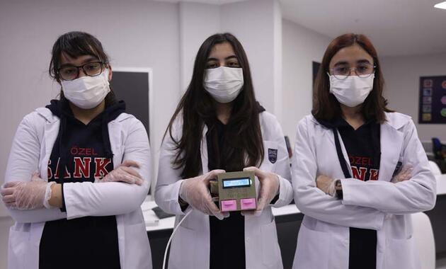 Lise öğrencileri, koronavirüs test cihazı geliştirdi