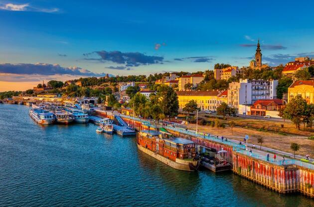 Rusya'dan sonra şimdi de Sırbistan: Aşı turizminde ikinci perde
