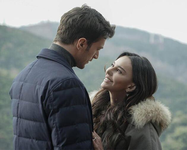 Hande Ataizi, 'Camdaki Kız' dizisindeki karakterini anlattı