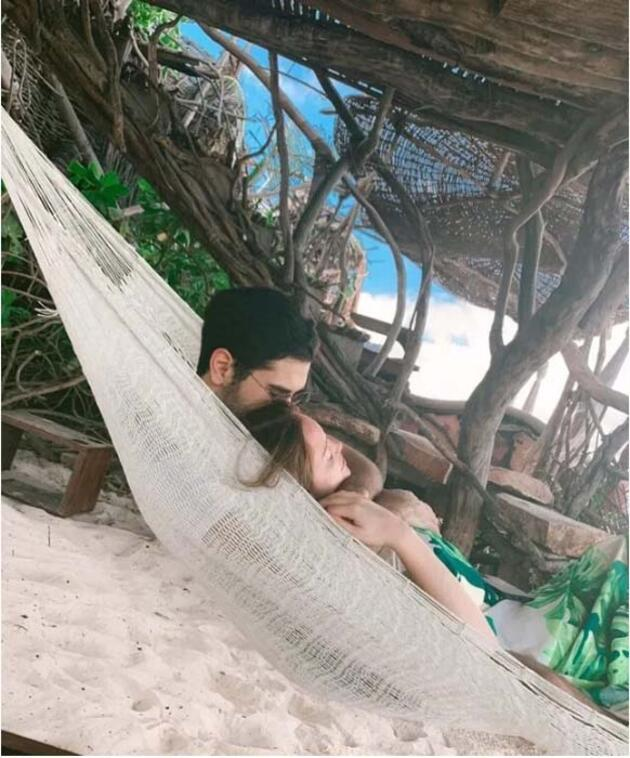 Danla Bilic sevgilisi Poyraz Teoman'la Tulum'da aşka geldi