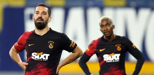 Galatasaray'da sözleşmesi biten futbolcular