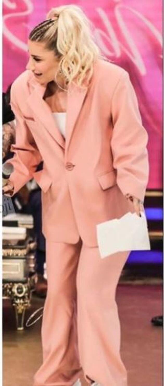 İrem Derici'nin giydiği takım elbisenin fiyatı ortaya çıktı