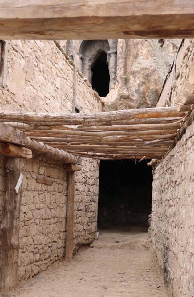 Tarihi binlerce yıl öncesine dayanan Ayazini ayağa kaldırılıyor