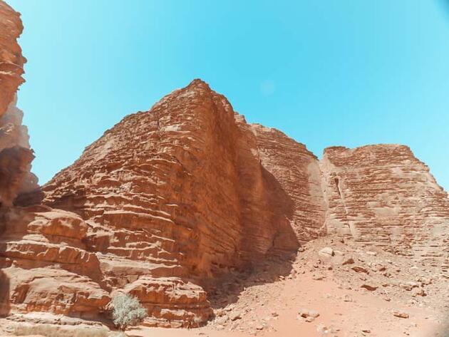 Kızıl çölde bedevi olmak: Wadi Rum