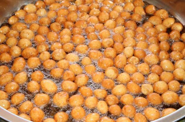 Hatay'da ramazanın vazgeçilmez lezzeti; lokma tatlısı