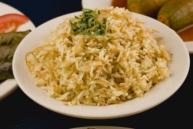 Vedat Milor'un 'pirinç mi, bulgur mu' sorusu ikiye böldü! Peki hangisi daha sağlıklı? Uzmanlar ne diyor?