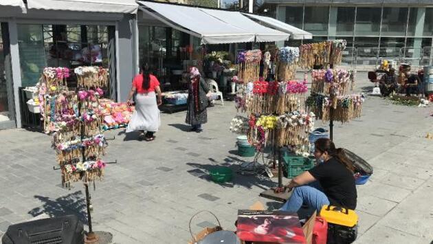 Taksim'in çiçekçileri, 4 yıl sonra taşındı