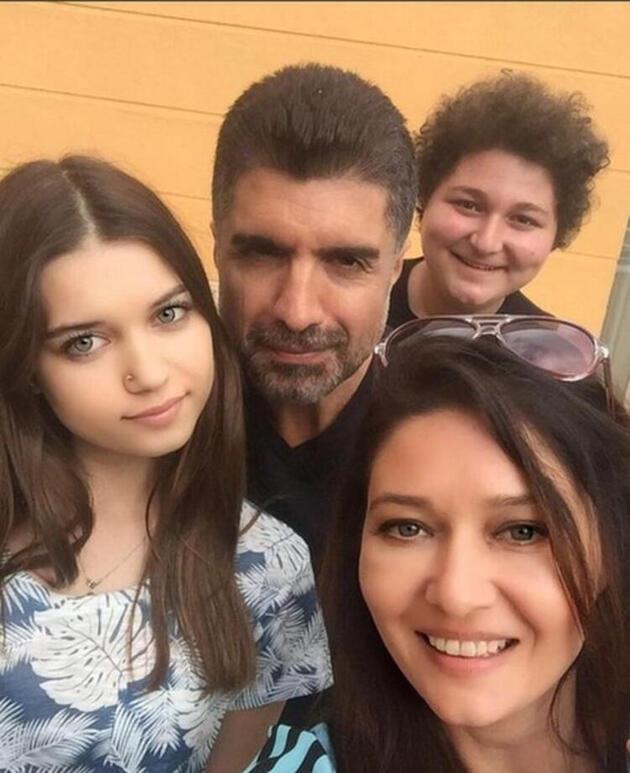 Afra Saraçoğlu yıllar sonra itiraf etti: Annem Özcan Deniz'e mesaj atmış