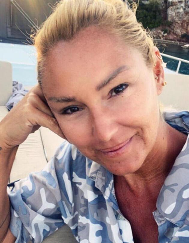 Pınar Altuğ takipçisine verdiği cevap ile gündem oldu
