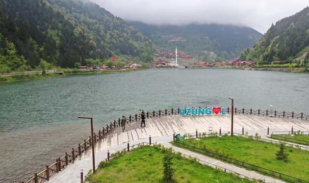Gören hayran kalıyor! Dünyaca ünlü turizm merkezi Uzungöl'den eşsiz manzaralar