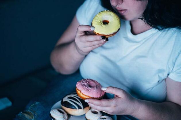 Bu hastalığa dikkat! Uzman isim uyardı: Rüya halinde bilinçsiz yemek yiyorlar