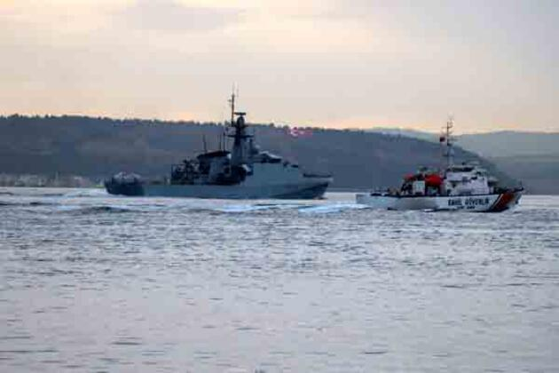 Rus ve İngiliz savaş gemileri Karadeniz'e doğru yol aldı