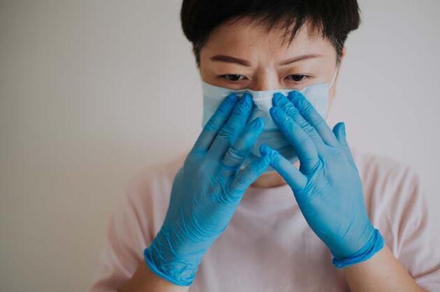 Sakın bunu yapmayın... Koronavirüs geçirenlere 'Kimyasal koku' uyarısı!