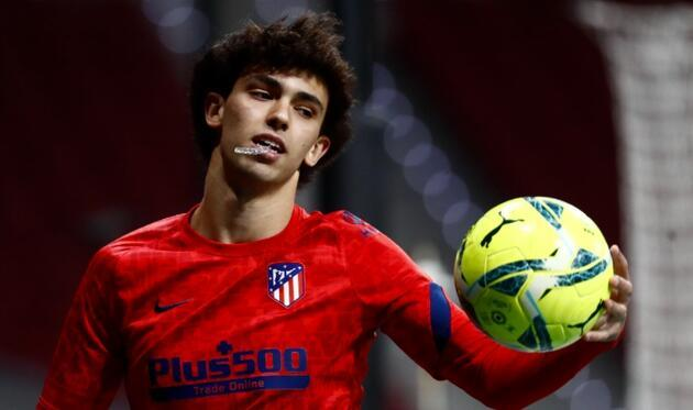 Dünyanın en pahalı futbolcusu açıklandı