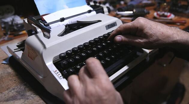 Hayalet yazarlar aramızda dolaşıyor