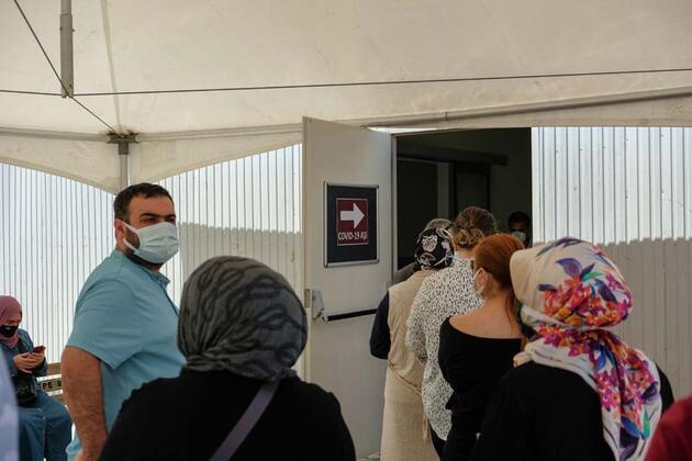 İstanbul'da, aşılamada öncelikli gruba dahil edilen meslek grupları aşılanıyor