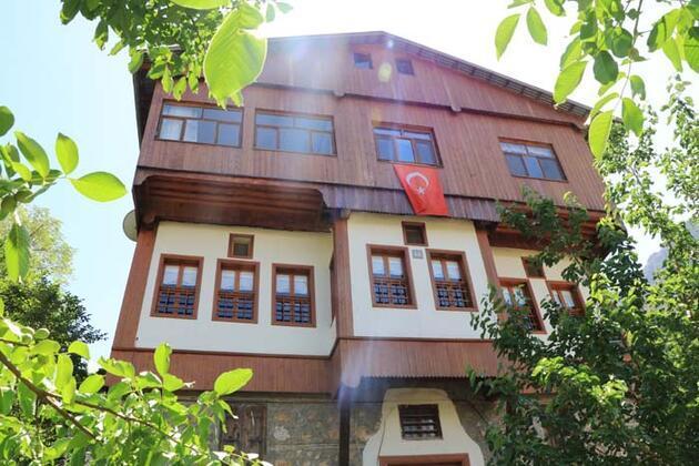 'Erzincan'ın incisi' Kemaliye tarihi yapıları ve doğal güzellikleri ile ilgi çekiyor!