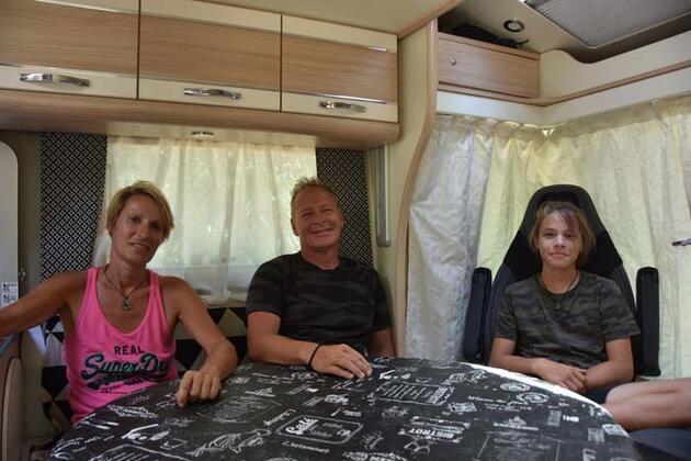 Tüm varlığını satıp karavanla dünya turuna çıkan Fransız aile, Türkiye'ye hayran kaldı