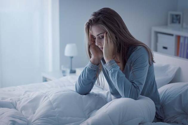 Sabahları tok uyanmanıza neden olan 5 kritik sebep! Hastalık habercisi olabilir
