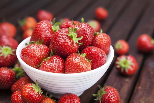 Yaz ayında tüketilmesi gereken 7 sağlıklı besin!